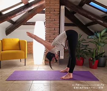 esercizio stretching polmone intestino crasso