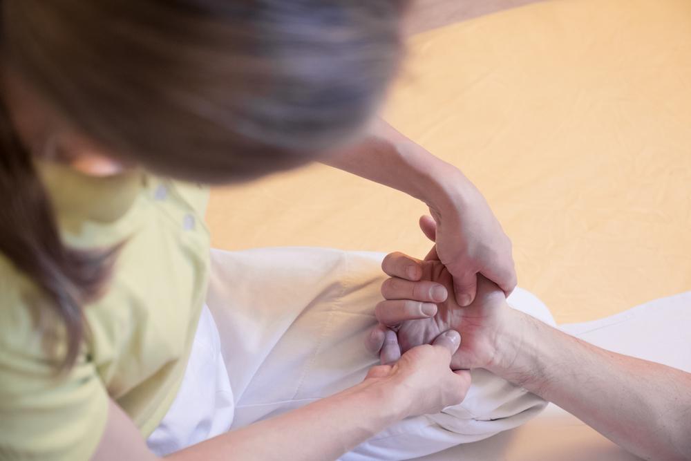 massaggio shiatsu - come si svolge una seduta