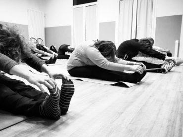 corso di stretching dei meridiani